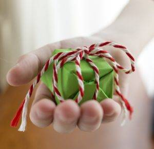 Science Busts Common Gift-Giving Myths