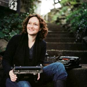 Why Mary Robinette Kowal Traded in Puppets for Science Fiction