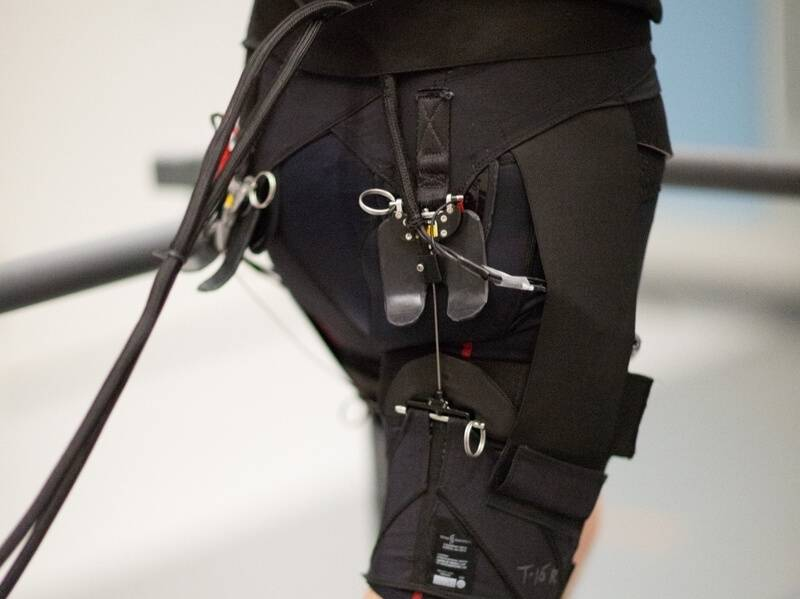 These Robotic Shorts Make Running Easier