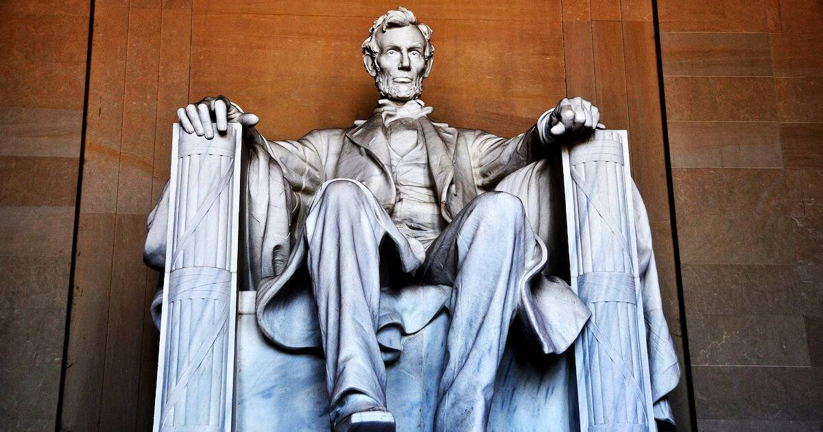 President Abraham Lincoln sculpture inside the Lincoln Memorial. Dictator pbs rewire