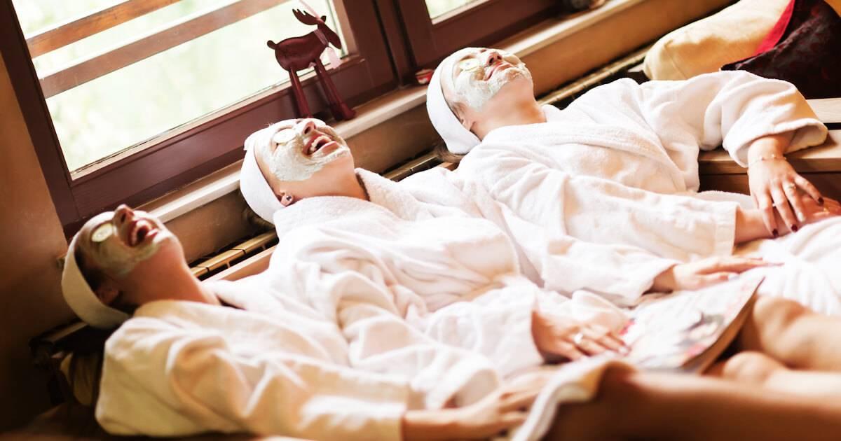 Photo of bridesmaids getting facials in a spa. Bridesmaid pbs rewire