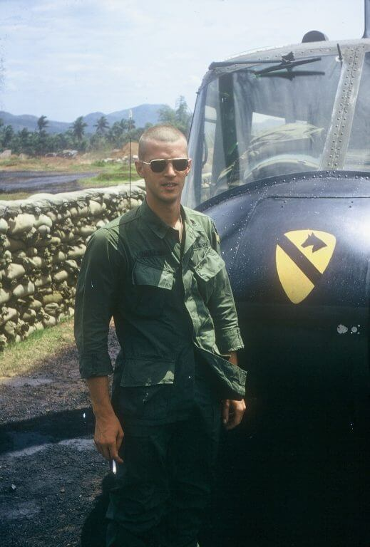 2 short stories from a 1st Cav helicopter pilot in Viet Nam
